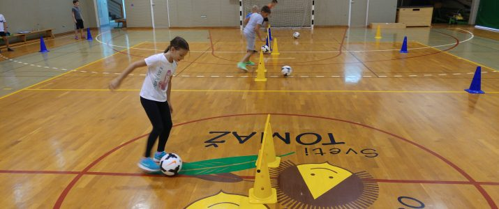 Rastemo s športom – nogomet (2. in 3. skupina)